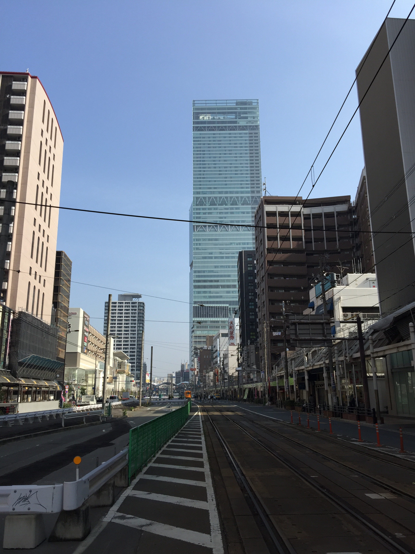 建材会社さまの会社案内パンフレット、ホームページ制作のお打ち合わせで、京橋方面へ。